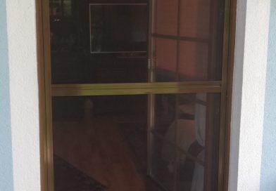 Drehtür und Fenster